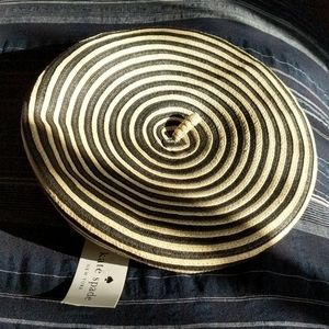 Kate Spade straw spiral pattern hat black/cream